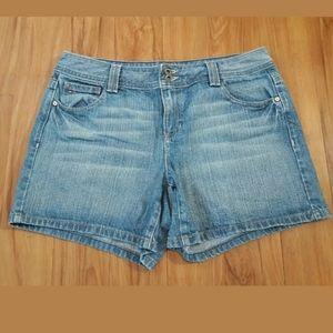 Tommy Hilfiger Women's Size 10 Blue Denim Shorts